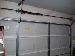 Five common garage door problem garage door repair for Garage door repair thousand oaks